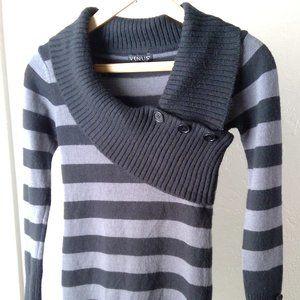 Venus Black and gray strip sweater